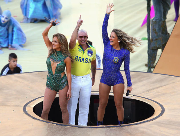 Pitbull-jlo-stage jenifer lopez