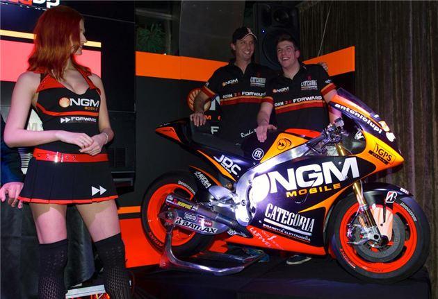 ngm foward racing & girl