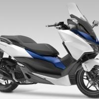 Honda Forza 125 cc tampang moge....