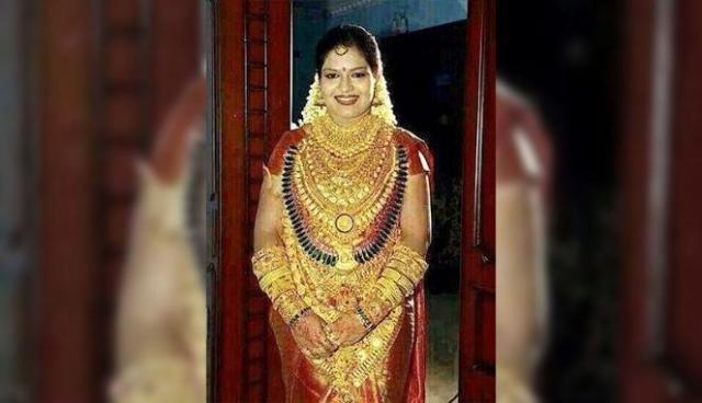 pengantin serba emasdari india