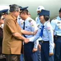 Heboh lagi Pramugari cantik Pesawat Kepresidenan RI Theresia Mariana Susanti