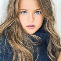 Kristina Pimenova Anak Umur 8 Tahun Tercantik Di dunia...???