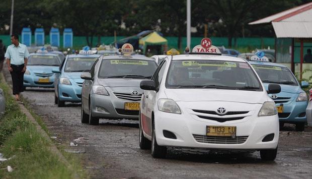 taksi putih