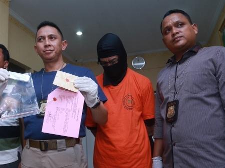 fariz rm ditangkap polisi