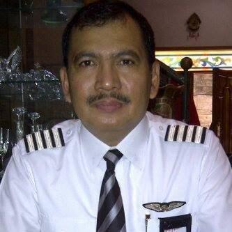 Kapten pilot irianto penerbang air asia
