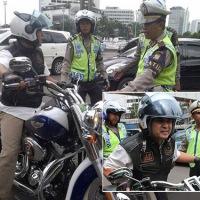 Pengendara Harley Ini Jadi Buronan Polisi...mentang-mentang kaya pakkk..???