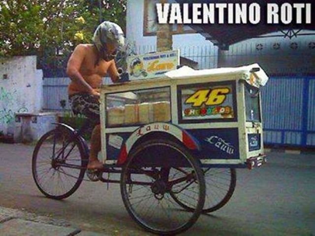 Meme lucu Valentino Rossi5
