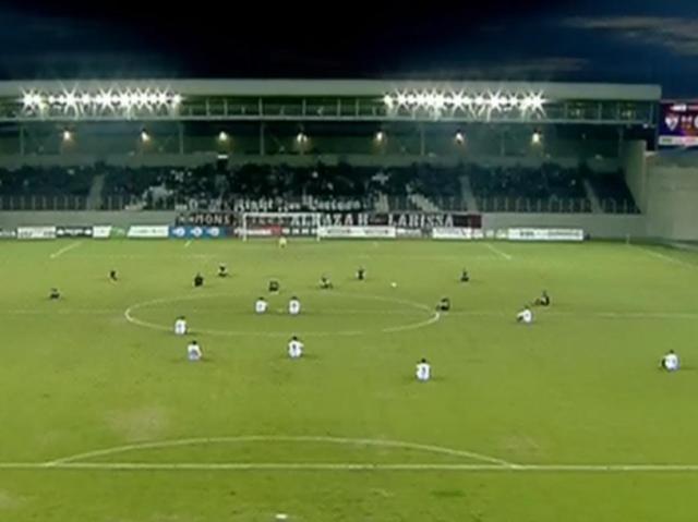 Protes pemain bola Yunani
