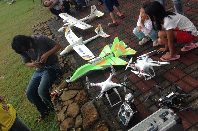 Drone-Pesawat-Tanpa-Awak
