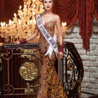 Ariska Putri Pertiwi Pemenang Miss Grand International 2016 Asal Indonesia...huebat ueiy...