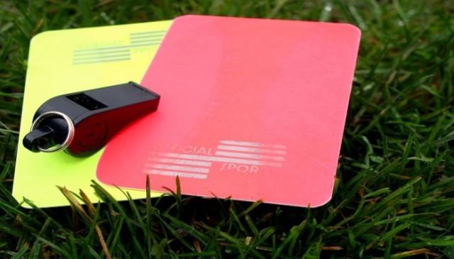 kartu-merah-kuning-sepak-bola