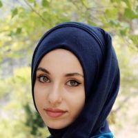 Wanita Berhijab Asal Turki Nan Cantik Ini Ternyata....
