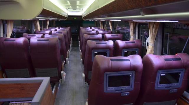 interior-bus-tingkat-mewah