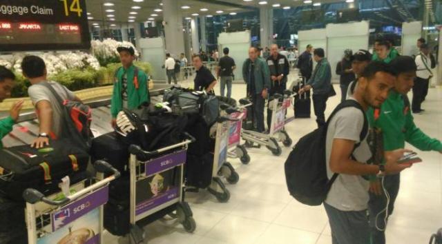 kedatangan-timnas-di-thailand