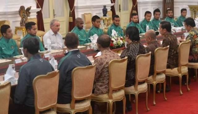 timnas-bertemu-presiden