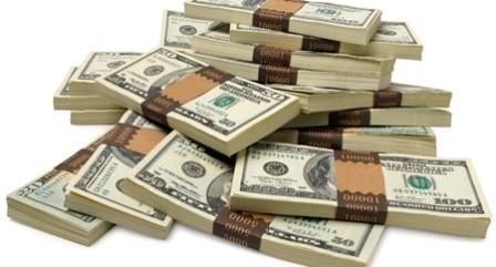 gambar-tumpukan-uang-dollar-amerika