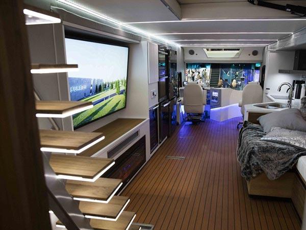 interior-bus-elysium-rv