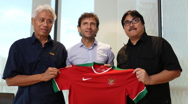 luis-milla-pelatih-timnas-indonesia-2017