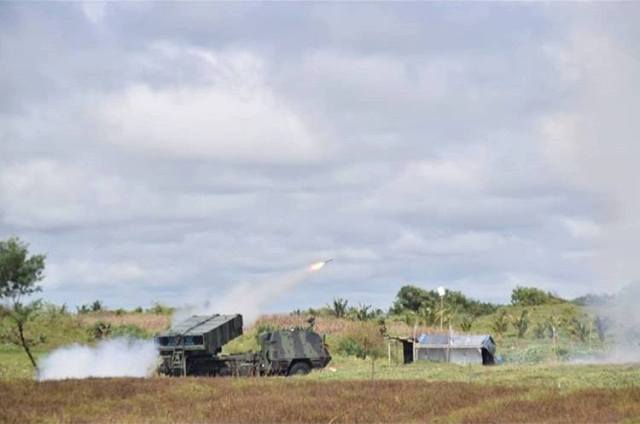 Uji Senjata Berat TNI Astros 2 MK 6